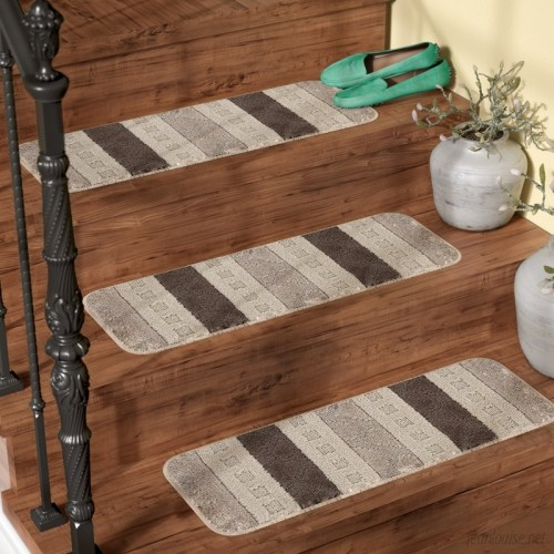 Andover Mills Carreras Striped Gray Stair Tread ADML7971