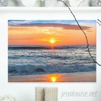 DesignArt Beautiful Sunrise Over the Horizon Modern Beach Photographic Print on Wrapped Canvas ESIG9263
